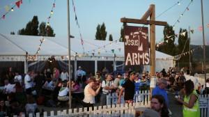 Jesus Arms (1)